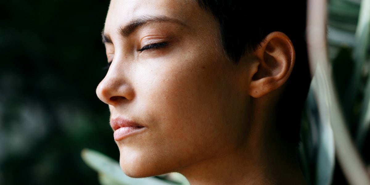 Kom godt i gang med Humming Meditation