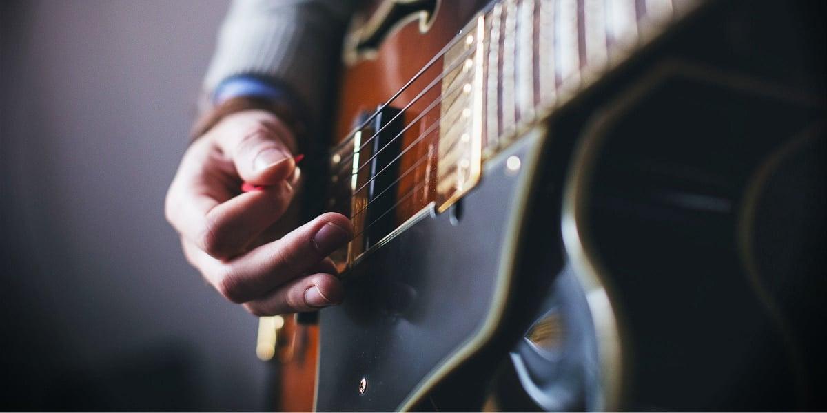 Styrk gruppeenergien med sang