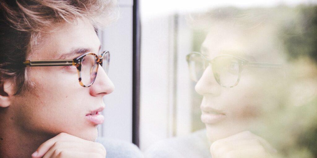 Vil du ændre din adfærd, bør du redigere din selvfortælling
