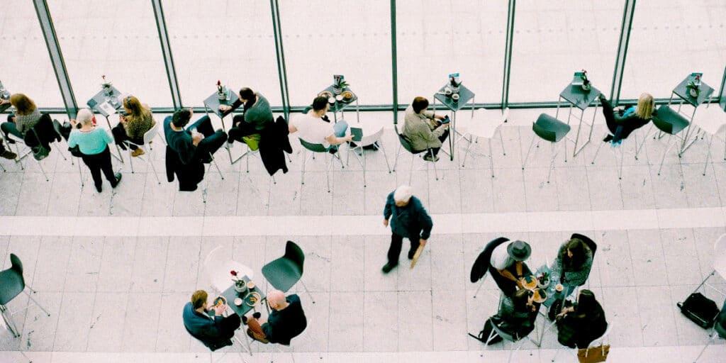 Sådan kan du ændre folks adfærd på konferencen