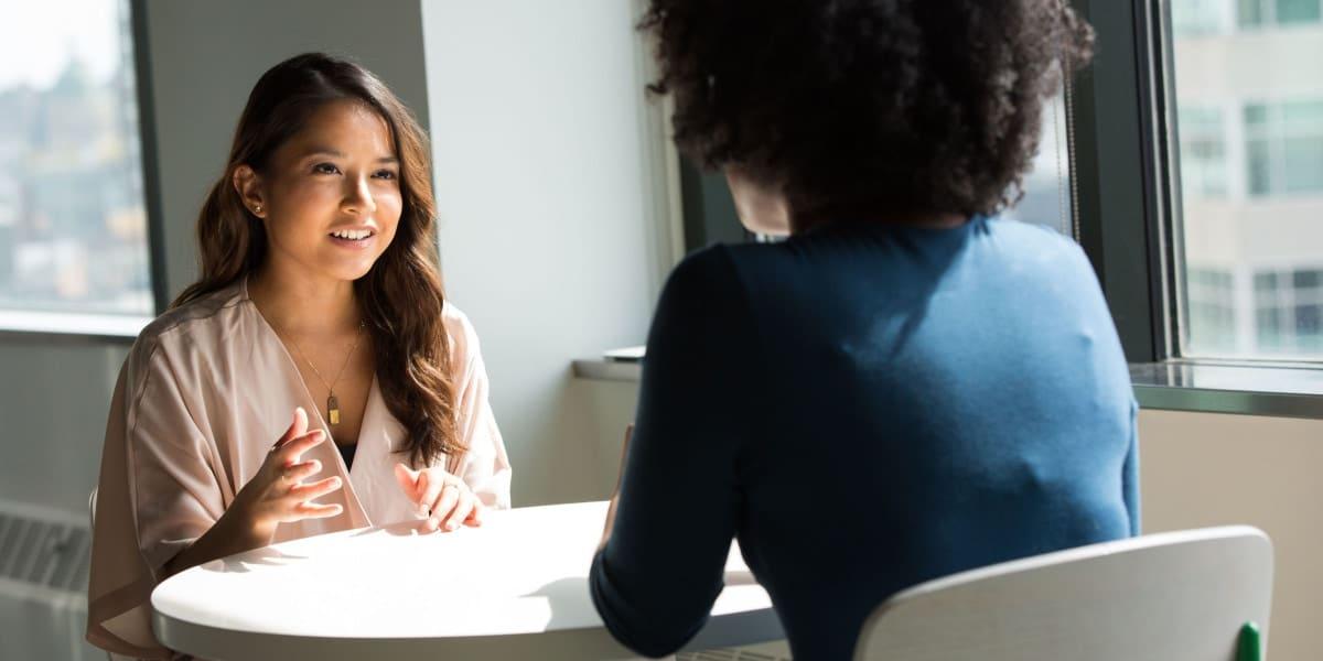 Online matchmaking: Skal deltagerne helt selv bestemme hvem de vil mødes med?