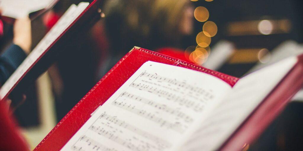 Fællessang: Syng jer til effektiv kommunikation og fællesskab