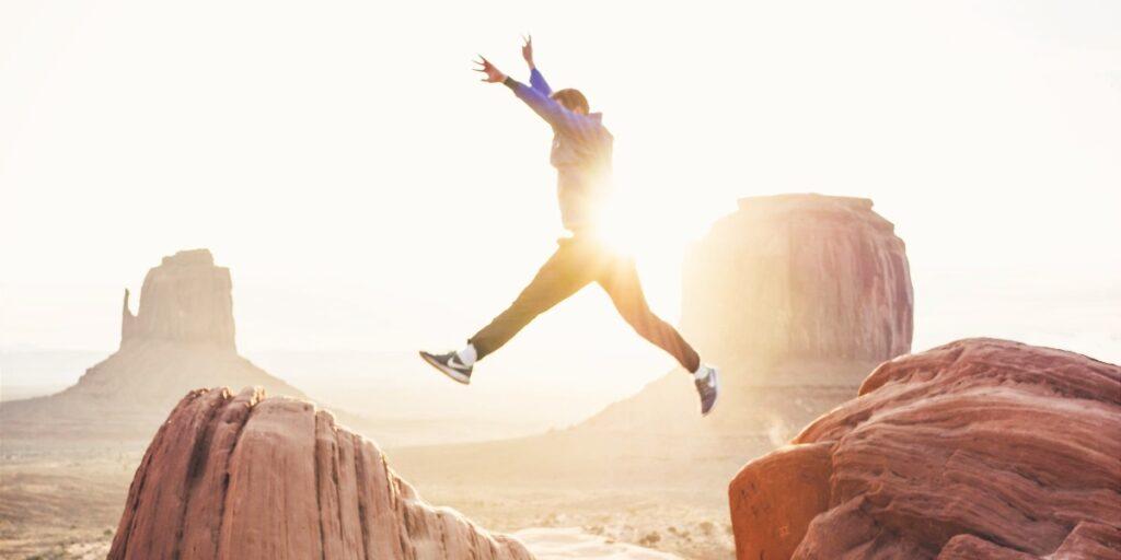 Sådan bruger du positiv psykologi til at navigere i et foranderligt arbejdsliv