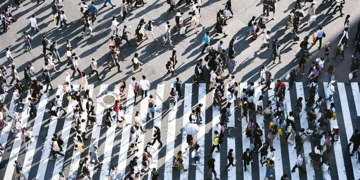 Samfunds-identifikationer: Når du følder, du skal passe ind i rammen